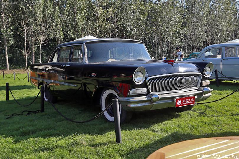 红旗CA72 1959年 第一辆红旗牌高级轿车 202辆高清图片