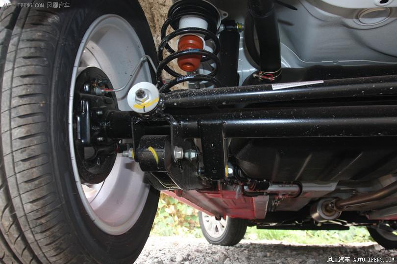 奥拓电动油泵电路图