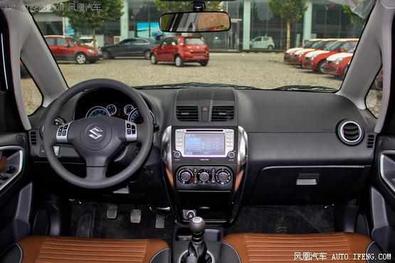 2013款 铃木天语SX4 酷锐 两厢 1.6L 手动运动型