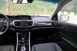2016款 本田雅阁 2.4L CVT智尊版