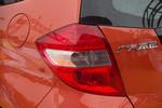 2011款 本田飞度 1.3L 自动舒适版
