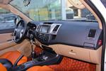 2015款 丰田Foutuner 2.7L 标准版