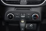 2020款 福特 福克斯 三厢 1.5L 自动锋跃型