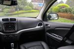 2016款 道奇酷威 2.4L 两驱旅行版