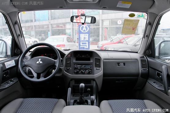 2014款 三菱帕杰罗(进口)高清图片
