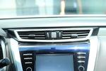2017款 日产楼兰 2.5L XL NAVI Plus 两驱智领版