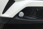 2018款 丰田C-HR 2.0L 酷跑领先版