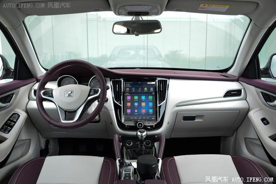 2016款 众泰SR7 1.5T 手动魔方之心版 国V