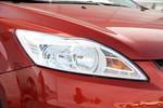2013款 福特福克斯 经典三厢 1.8L 手动时尚型