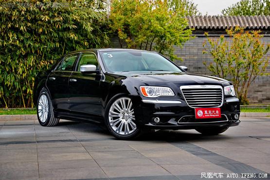 太原克莱斯勒300C最高降3.2万 现车在售