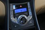 2012款 现代朗动 1.8L 自动 尊贵型
