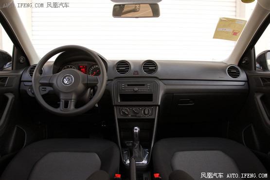2013款 大众捷达 1.6L 自动时尚型