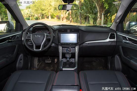 2017款 大通T60 2.8T柴油自动四驱高底盘豪华型小双排国V